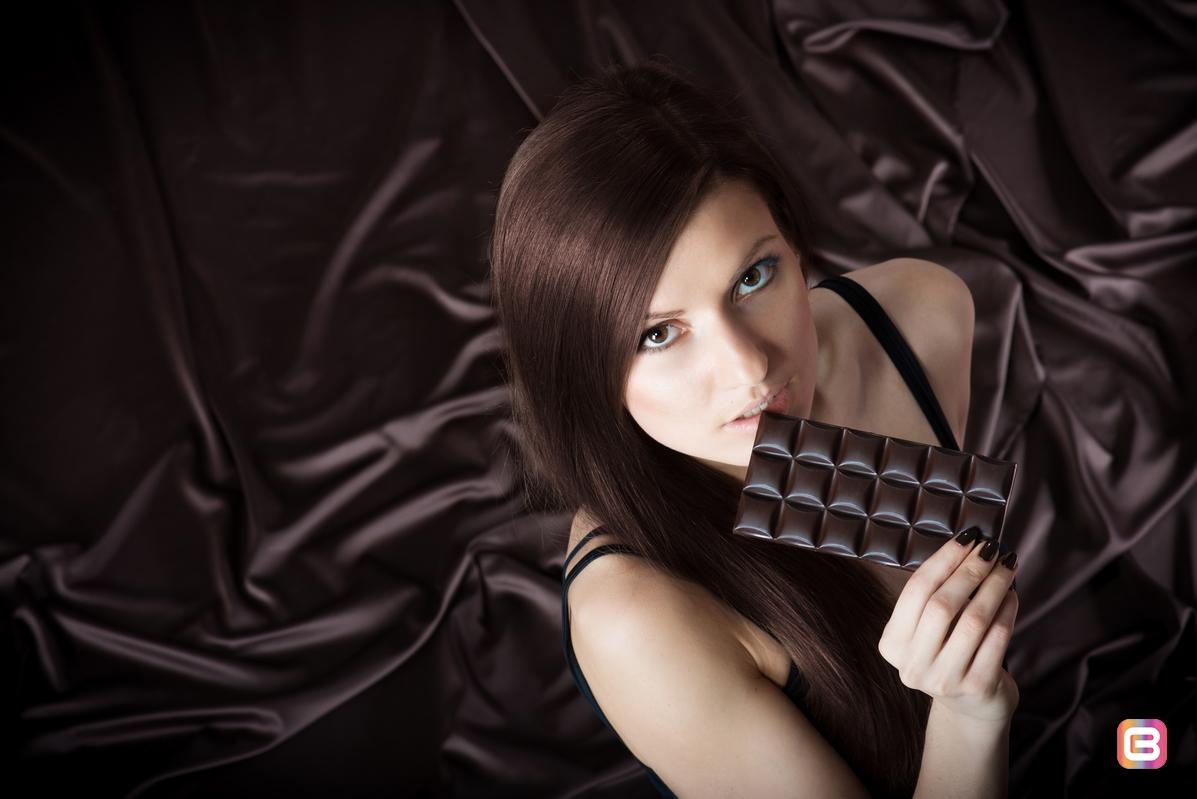 Ешьте черный шоколад